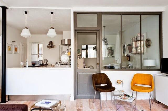 appart r tro chic bordeaux vue sur cuisine d co id es. Black Bedroom Furniture Sets. Home Design Ideas