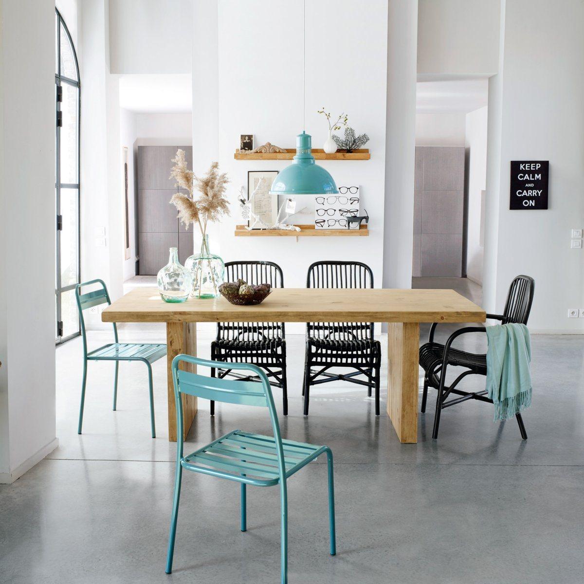 Tables et chaises pour salles manger d co id es for Table et chaise en rotin