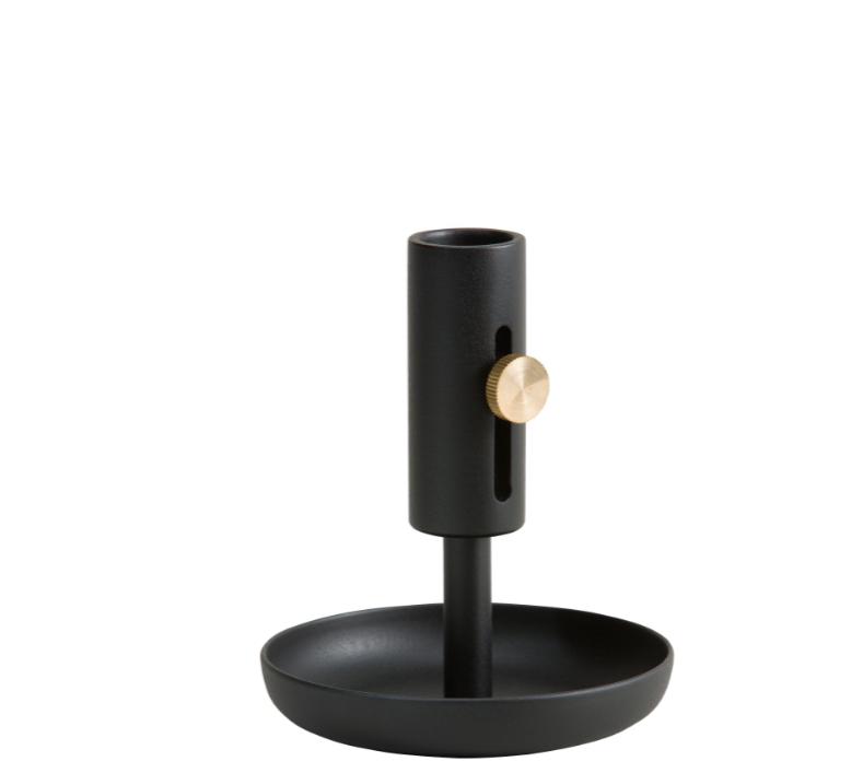 une note de noir dans la d co d co id es. Black Bedroom Furniture Sets. Home Design Ideas