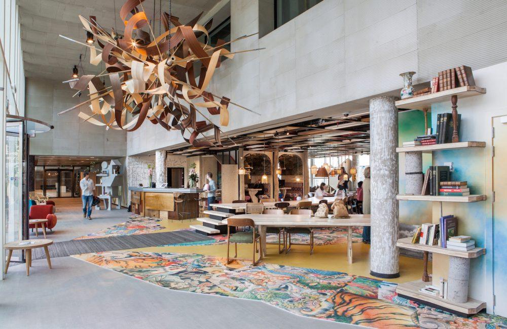Lionel Jadot signe la décoration de l'espace de coworking Silversquare Triomphe