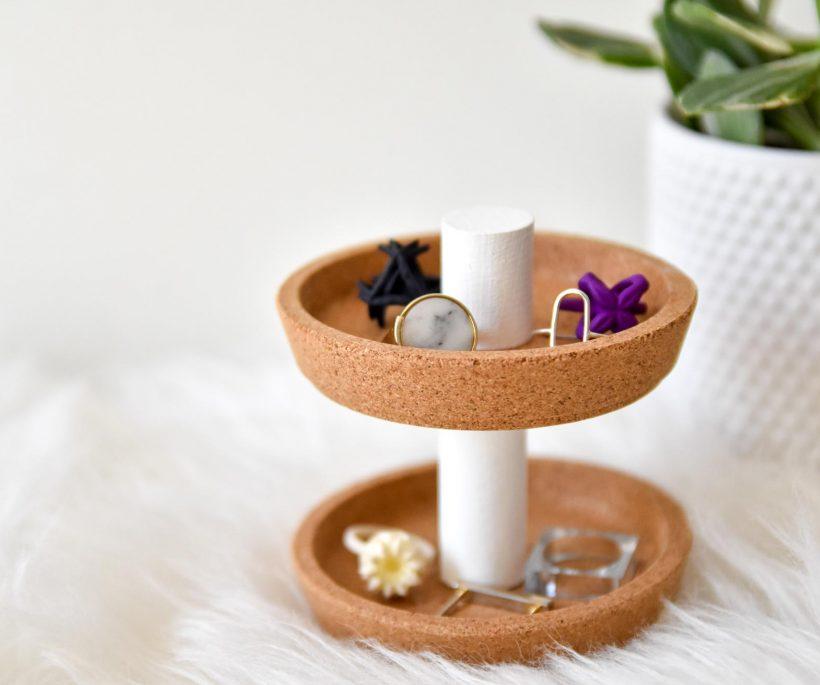 DIY : un support à bijoux tendance
