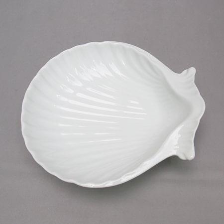 Assiette 'coquillage' en porcelaine