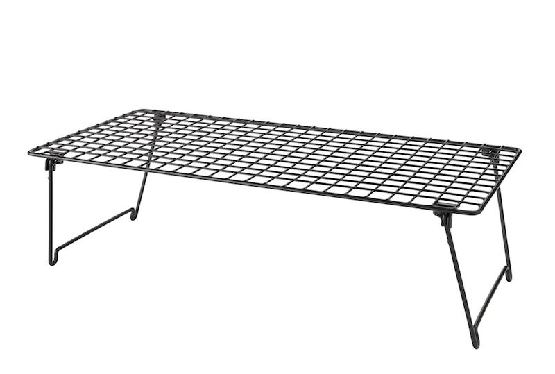 Etagère à chaussures 'GREJIG' en métal noir (58 x 27 x 17 cm), IKEA, 3,99€