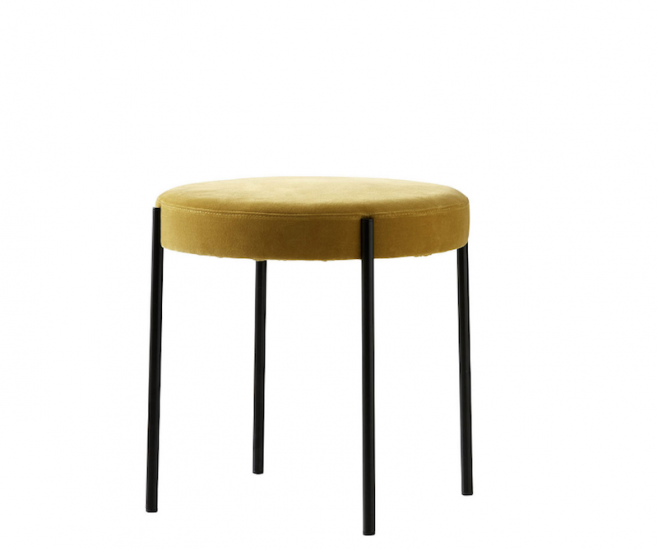 Tabouret 'Series 430' en velours jaune ocre (D 45 x H 46 cm), design Verner Panton, Verpan, 498€