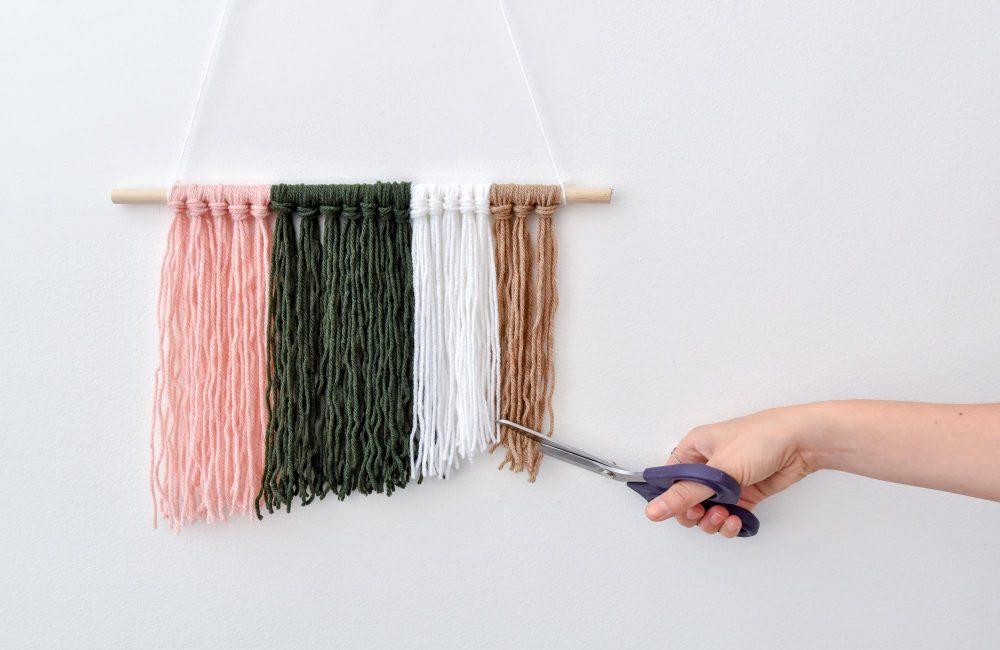 DIY : une suspension bohème en laine
