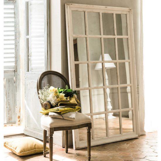 Miroir fenêtre 'St Martin' en bois blanc (H 175 x l 100 x P 4 cm), Maisons du Monde, 229€