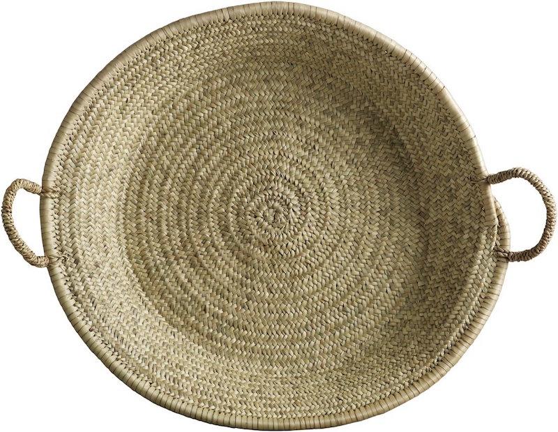 Grand panier de rangement en feuilles de palmier (D 55 x H 8 cm), Tine K Home, 40€