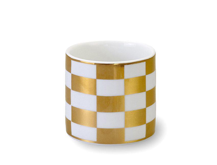 tasse dorée