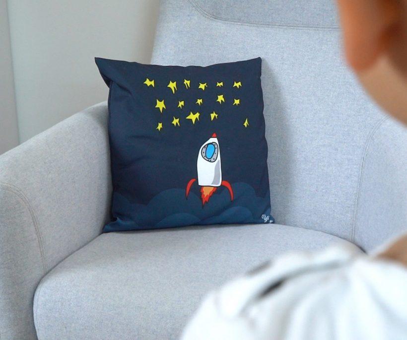 Kiddyarts : des coussins personnalisés aux couleurs des dessins d'enfants