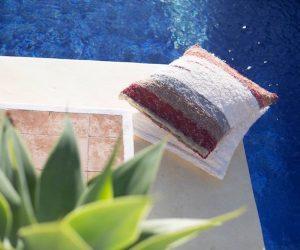 JINZU vous offre un tapis et un pouf d'une valeur de 500 €