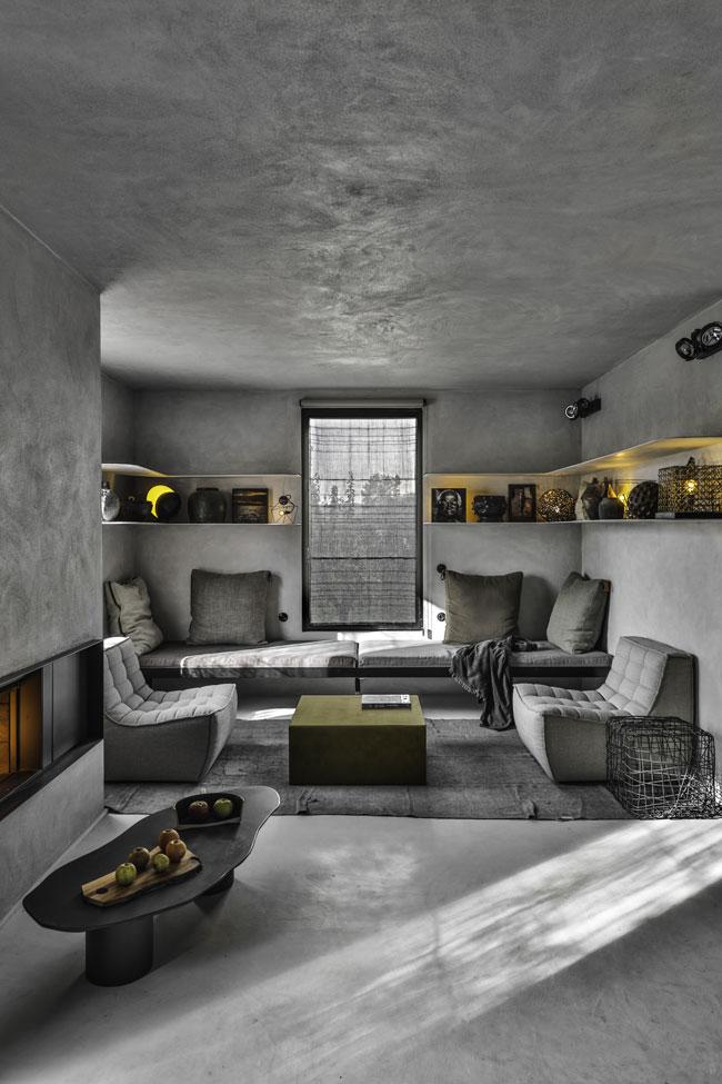 Le salon après les rénovations dans les Ardennes françaises.