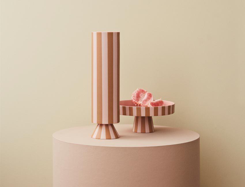 plateau et vase oyoy