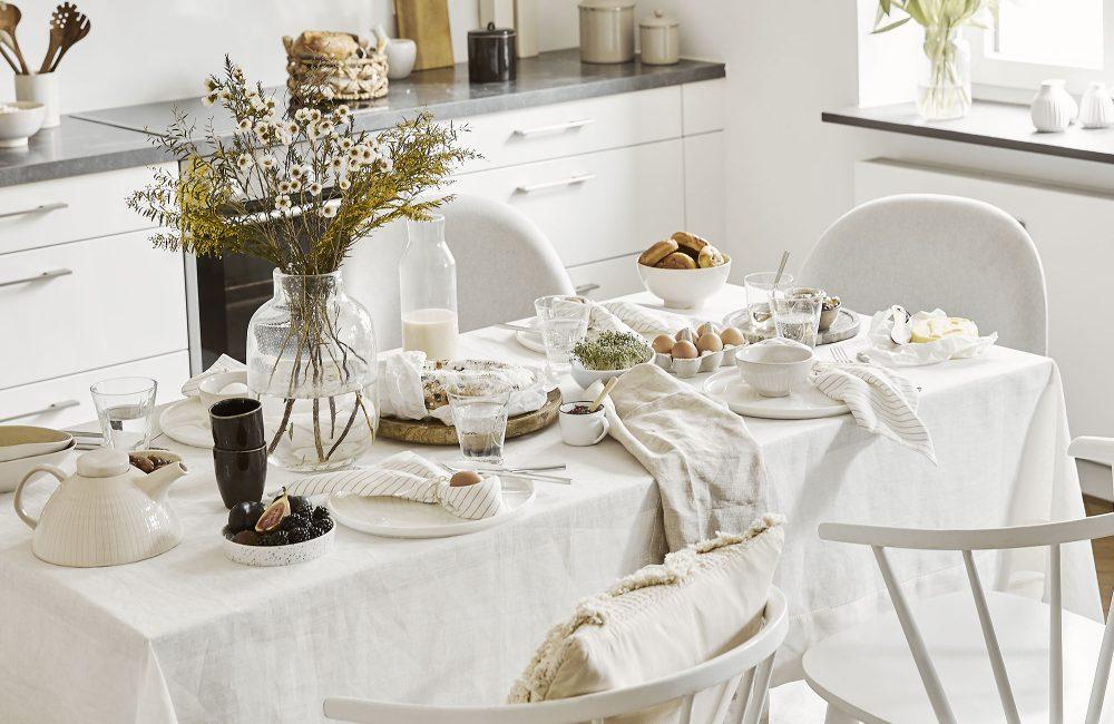 Une table de Pâques délicate et printanière
