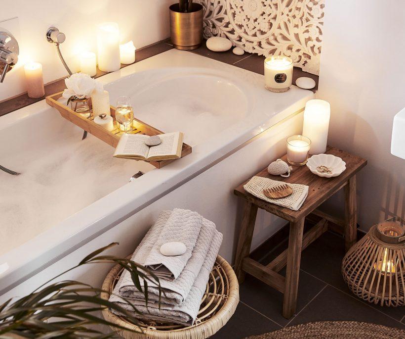 10 astuces pour une salle de bains chaleureuse