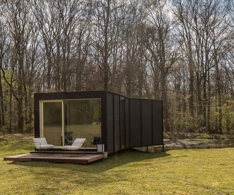 Amani Spaces, au bureau dans son propre jardin